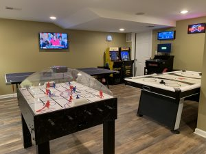 Delicieux If Youu0027re Looking For A Way To Up Your Homeu0027s Entertainment Value Like You  Never Imagined, A Basement Game Room Can Do That And More.